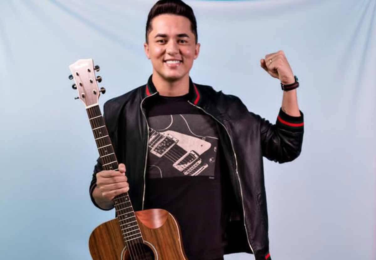 Compositor Júnior Gomes alcança top hits e tem 82 músicas tocando nas rádios em 2020. Foto: Divulgação