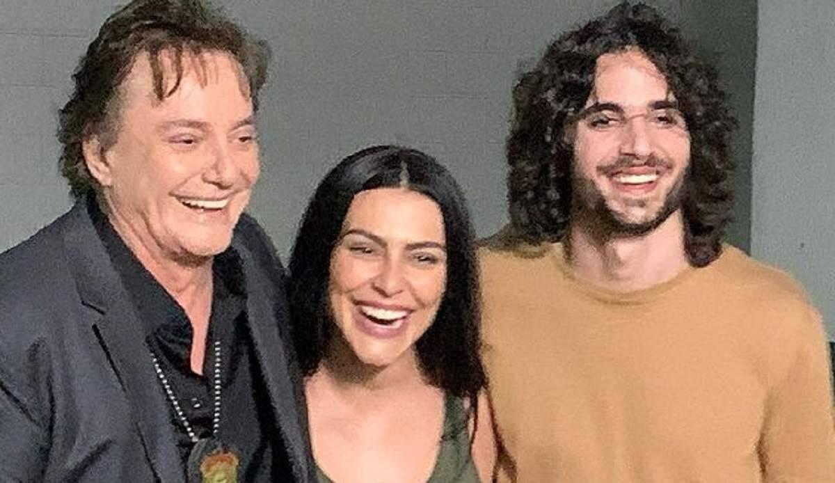 """Fábio Júnior posa sorridente ao lado de Cleo e Fiuk: """"amo vocês meus filhotes"""""""