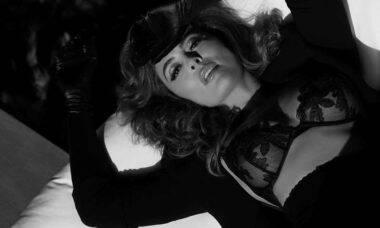 Juliana Paes posa de lingerie e fãs enlouquecem: ''Que mulher linda!''. Foto: Reprodução Intagram
