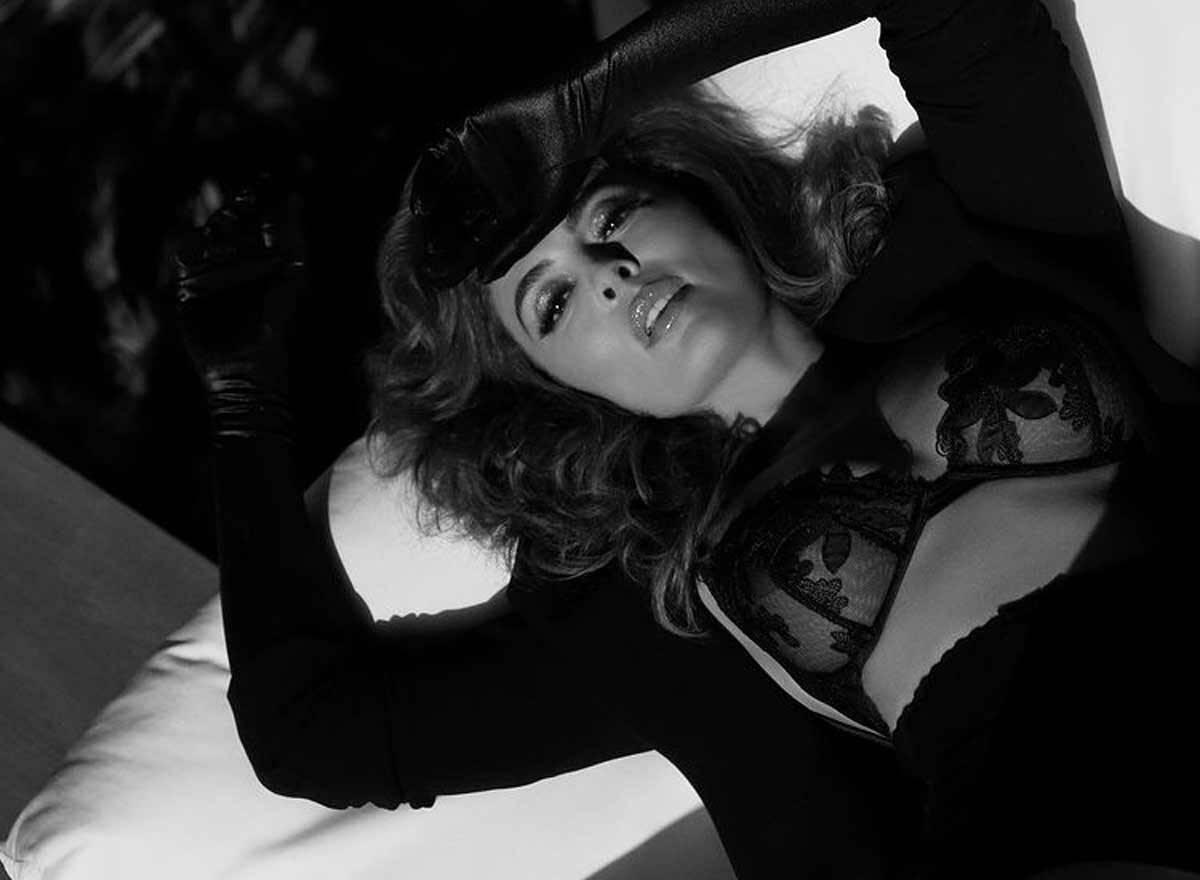 Juliana Paes posa de lingerie e fãs enlouquecem: ''Que mulher linda!''. Foto: Reprodução Instagram