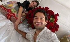 """Alexandre Pato celebra aniversário da esposa, Rebeca Abravanel: """"você é muito especial"""""""