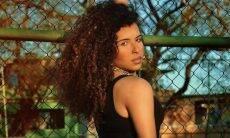 Bailarina trans de Anitta cria vaquinha online para cirurgia de redesignação sexual