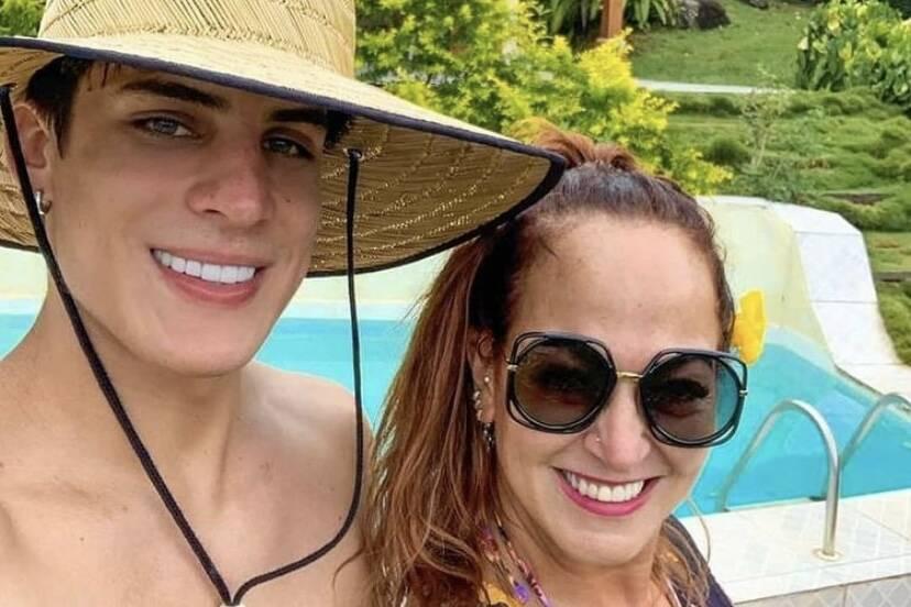 """Tiago Ramos homenageia mãe de Neymar no aniversário dela: """"Te amo"""""""