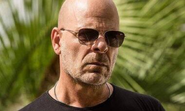 Astro de Hollywood, Bruce Willis é expulso de farmácia após se recusar a usar máscara