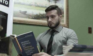 Conheça Jorge Luís Nery de Oliveira: advogado ferreirense que lançou livro jurídico sobre empresas familiares. Foto: Divulgação