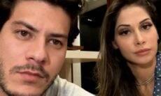 """Mayra Cardi fala sobre conversão: """"Não consigo mais usar filtro e decote"""""""