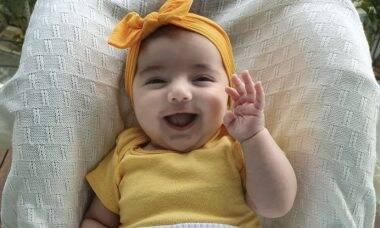 Marcelo Adnet posta clique da filha sorrindo e encanta a web