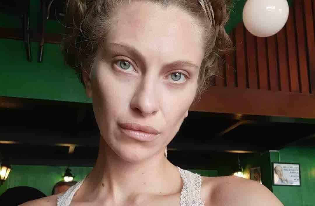 A atriz brasileira e ex-paquita Lana Rhodes. . Foto: Reprodução Instagram