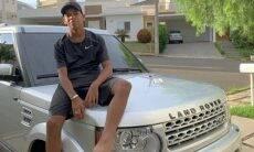 """Aos 13 anos, MC Bruninho compra carro de R$ 260 mil: """"Deus abençoou"""""""