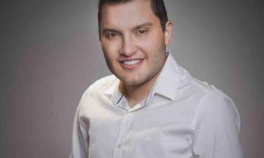 Dominando a área de Harmonização Facial, Maurício Alves destaca a importância das redes sociais. Foto: Divulgação