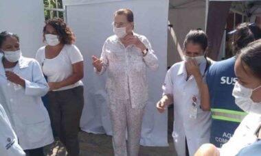 """Silvio Santos toma vacina contra a Covid-19: """"grito de liberdade"""""""