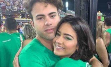 Cantor da banda Lagum termina namoro com Giullia Buscacio após briga