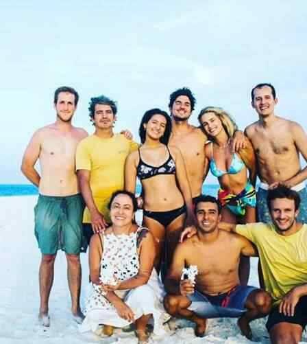 Relação entre Yasmin Brunet e Gabriel Medina com os pais do surfista está em crise após casamento (Foto: Reprodução/Instagram)