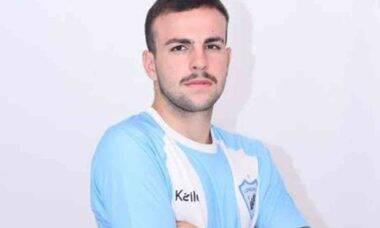 Considerado um dos jogadores mais bonitos do Brasil, Felipe Evangelista é promovido time ao profissional do Londrina . Foto: Divulgação