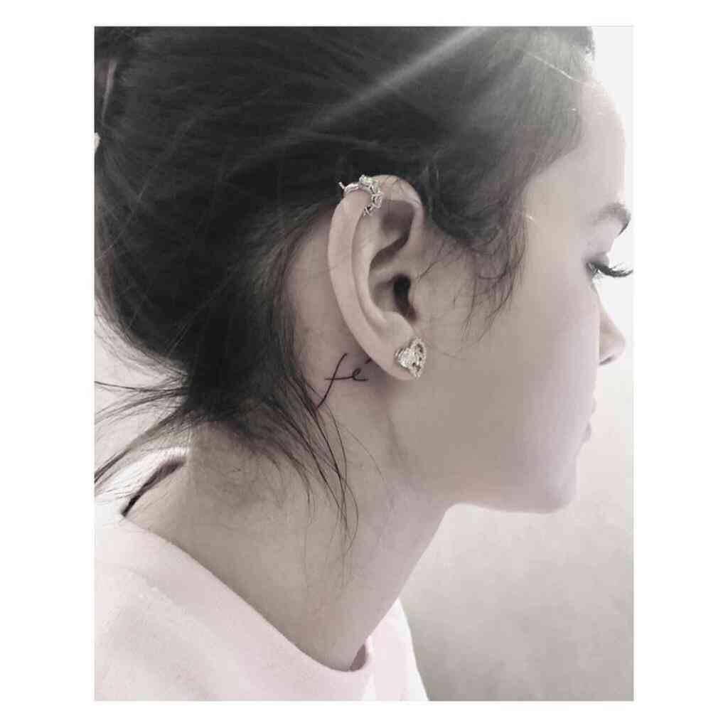 Tatuagens de Bruna Marquezine (Foto: Reprodução/Instagram)