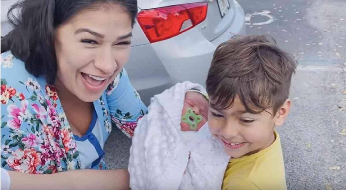 Simone emociona os fãs com primeiro encontro dos filhos Zaya e Henry