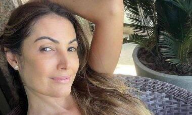 Patrícia Poeta posa sem maquiagem em selfie logo após treino