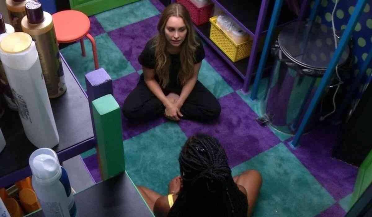 BBB 21: Camilla tenta alertar Carla sobre Arthur: 'ele é uma incógnita'