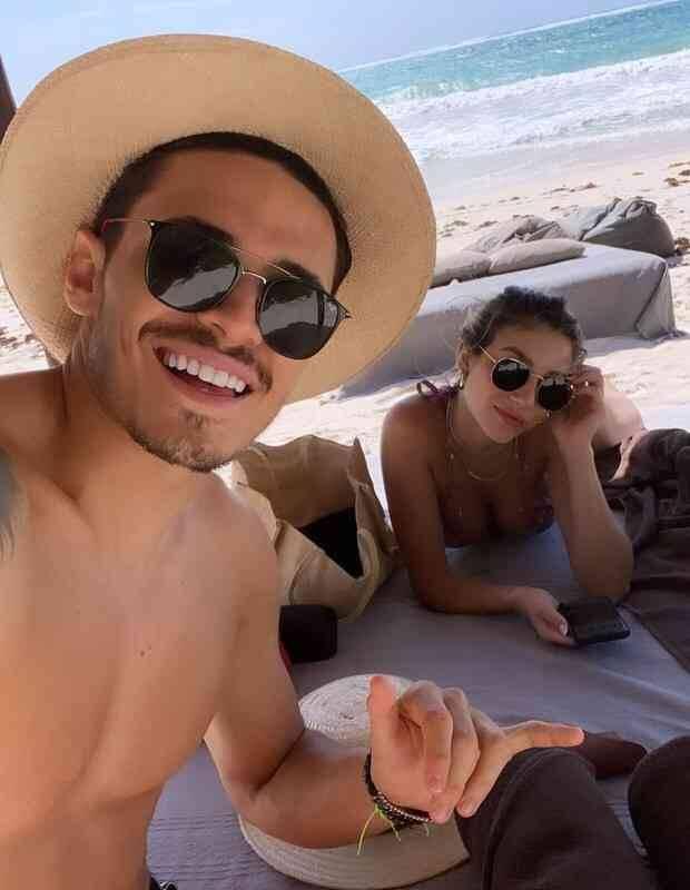 Casal Bruna Santana e Raphael Veiga curtem viagem ao México: 'paraíso' (Foto: Reprodução/Instagram)