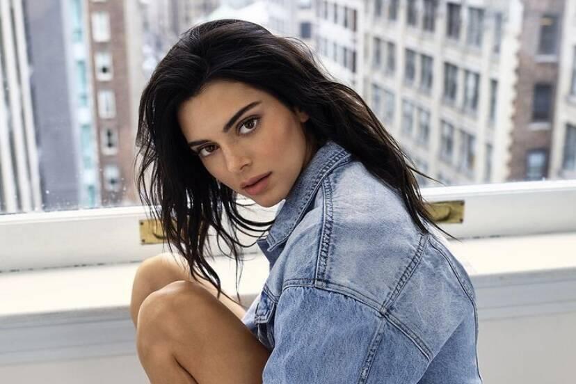 Kendall Jenner pede ordem de restrição contra um homem que ameaça matá-la; entenda