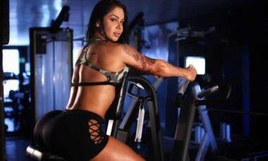 Com 126cm de bumbum, modelo Vanessa Altaídes desabafa e relata ofensas nas redes sociais. Foto: Reprodução Instagram