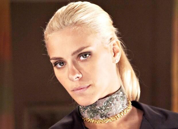 Carolina Dieckmann exibe novo visual e brinca: 'Leona, é você' (Foto: Reprodução/Globo)