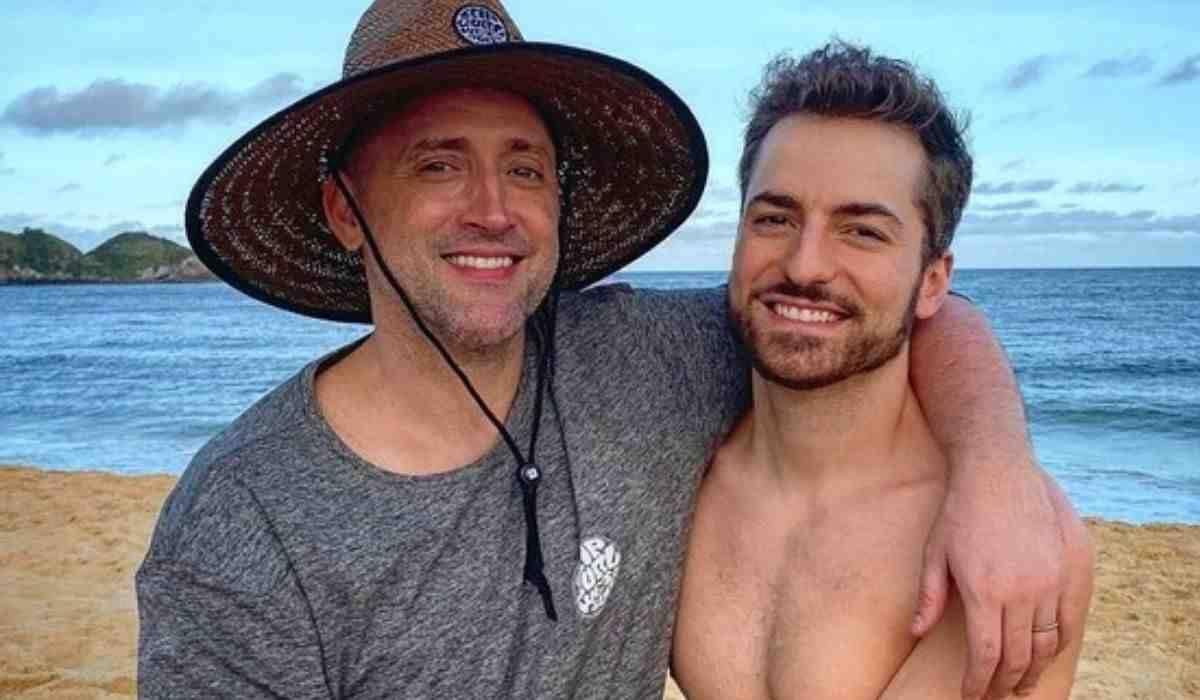 Paulo Gustavo segue internado e marido se declara: 'volta logo pra mim'