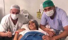 André Rizek celebra nascimento dos gêmeos com Andreia Sadi: 'todos super bem'