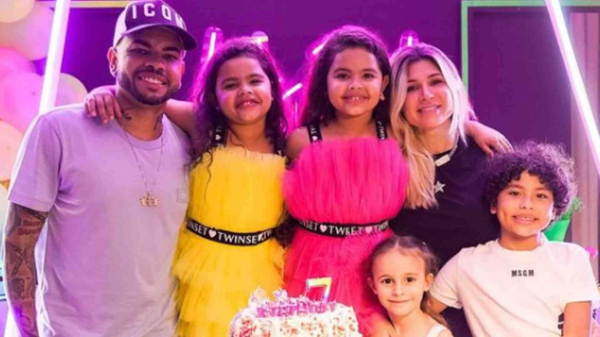 Dani Souza celebra aniversário das filhas gêmeas na Ucrânia