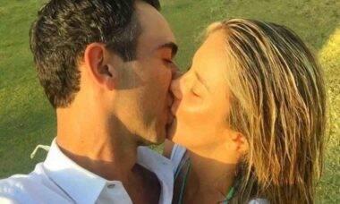 Ticiane Pinheiro posta cliques românticos com Cesar Tralli: 'me aquece'
