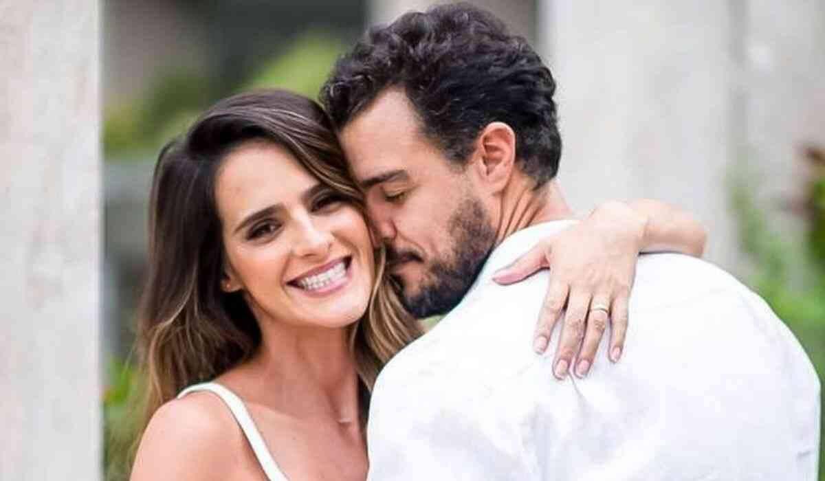 Joaquim Lopes e esposa se derretem pelas gêmeas: 'amor mais puro'