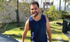 Cantor Luciano posa trabalhando em horta: 'durmo pensando em alface'