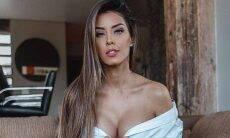 Ivy Moraes posa de vestido curto e ostenta coxas grossas. Foto: Reprodução Instagram
