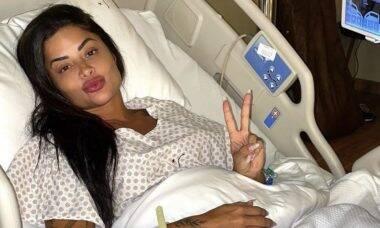 """Aline Riscado fala de recuperação após cirurgia no joelho: """"Um dia de cada vez"""""""