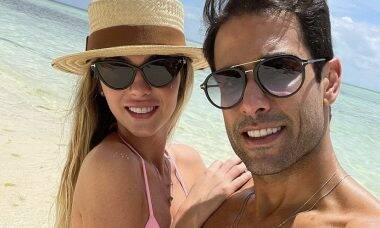 """Bárbara Evans posa com o marido na Tanzânia: """"Te amo demais"""""""