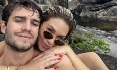 Flávia Pavanelli assume novo romance e posa com o namorado