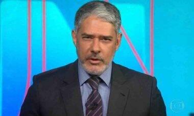 William Bonner surge de barba no 'Jornal Nacional' e surpreende a web