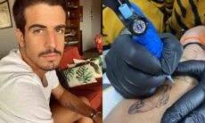 Enzo Celulari tatua arara no braço e brinca: 'aceito sugestão de nome'