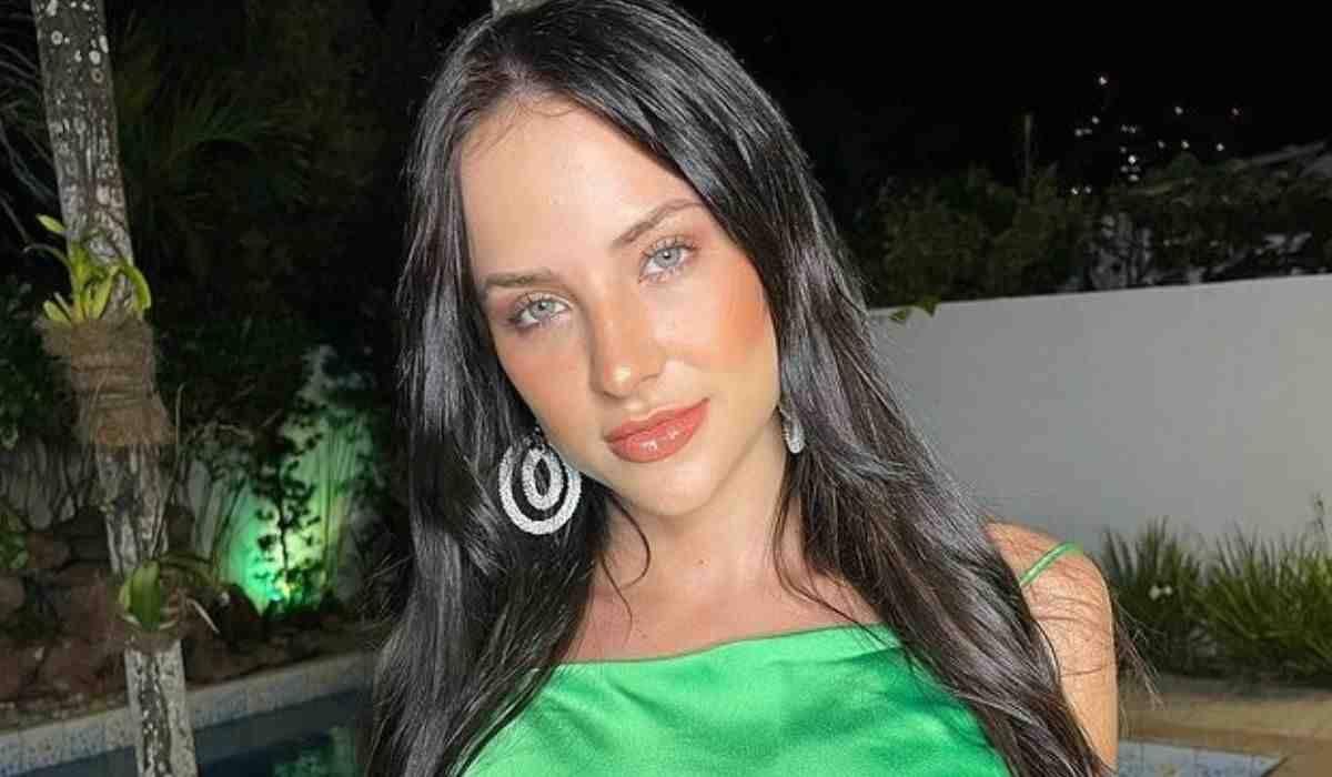 Após polêmica sobre seu rosto, Gabi Martins manda indireta em nova foto