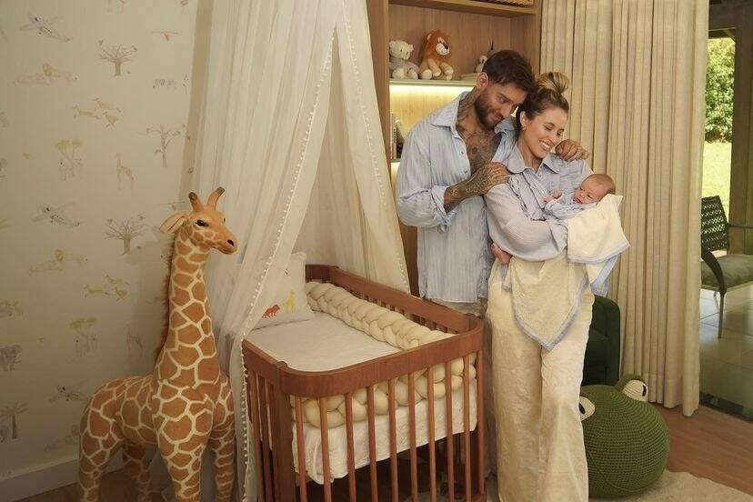 """Lucas Lucco e Lorena Carvalho mostram o quartinho do filho: """"Era assim que eu sonhava"""""""