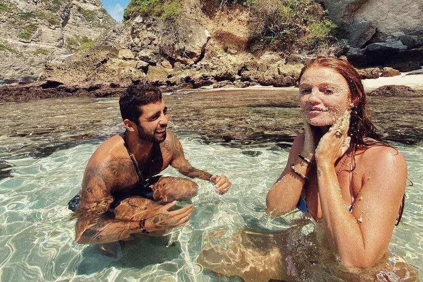 """Pedro Scooby posta cliques românticos de viagem com Cintia Dicker: """"Momentos maravilhosos"""""""