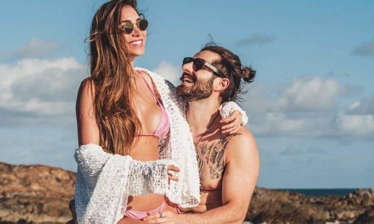 """Romana Novais conta como começou a namorar Alok: """"Caí no golpe"""""""