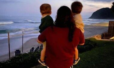 Irmã de Paulo Gustavo posa com filhos do ator: 'são minha força'