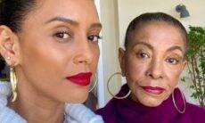 Taís Araújo posa em clique raro com a mãe e a homenageia: 'eu te amo'