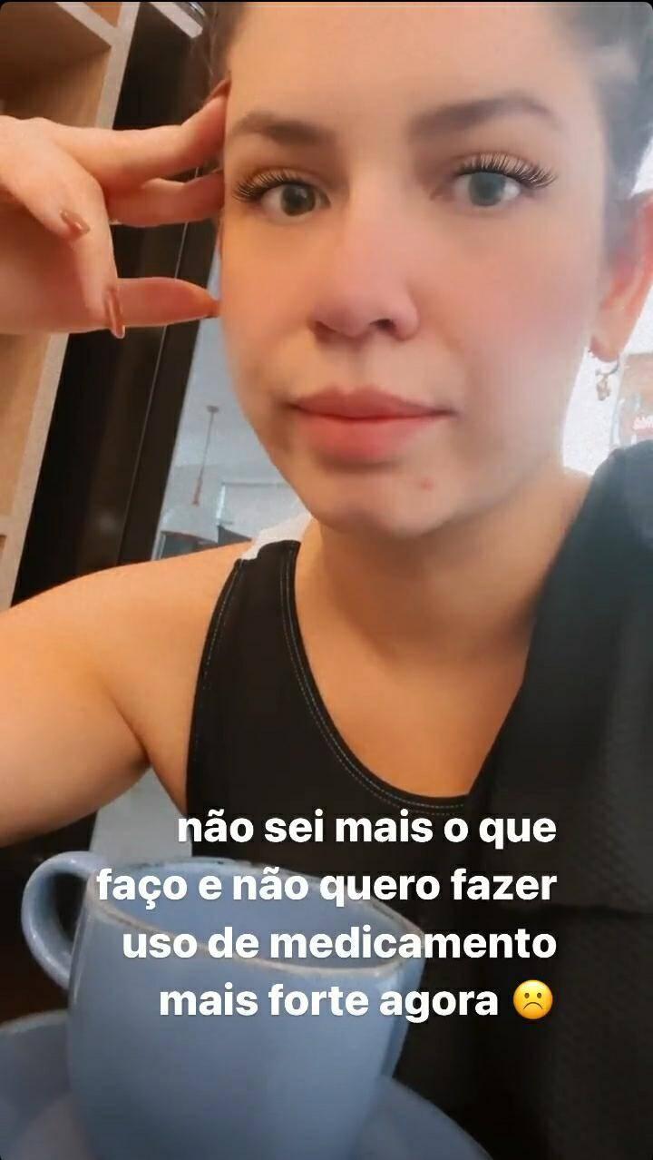 Marilia Mendonça desabafa sobre acnes após uso do DIU: 'não para' (Foto: Reprodução/Instagram)