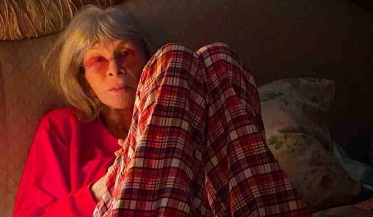 Marido de Rita Lee posta clique da cantora: 'rainha muito bem cuidada'