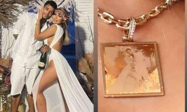 Viúva de MC Kevin posa com colar de R$ 45 mil que homenageia o cantor