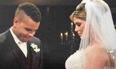 Dentinho faz surpresa e celebra 9 anos de casamento com Dani Souza