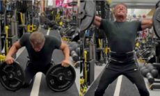 Aos 75 anos, Stallone impressiona ao levantar 40 quilos com os dedos