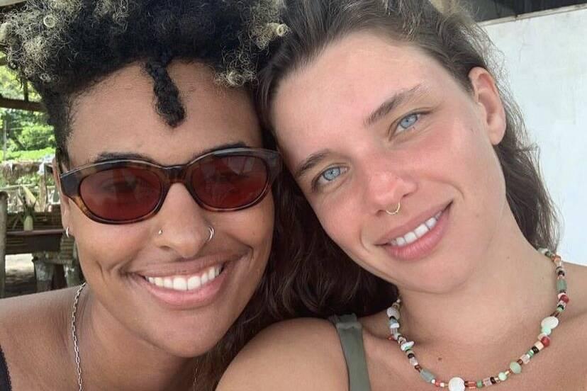 Bruna Linzmeyer fala sobre medo após assumir namoro com outra mulher